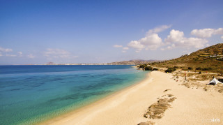 mikri vigla sandy beach in Naxos